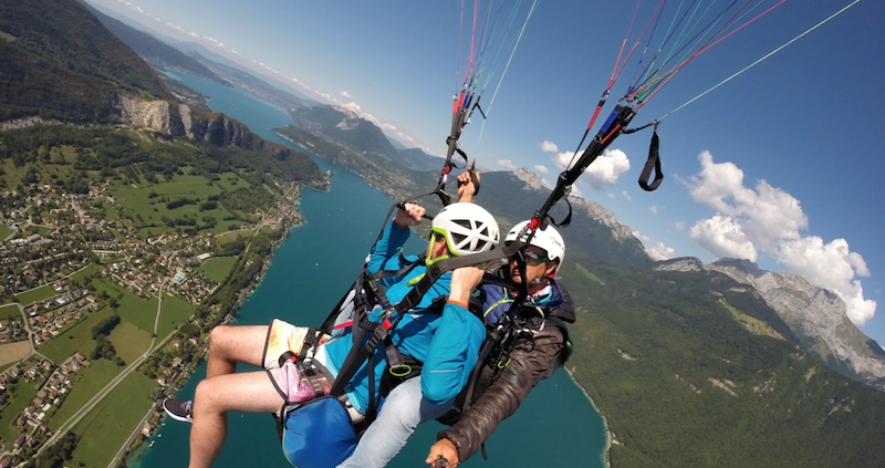 parapente annecy ete hiver play the mountain 22